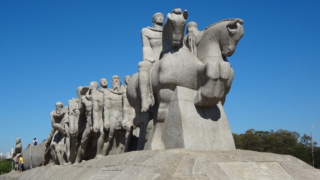 Monumento As Bandeiras – Parque Ibirapuera – São Paulo