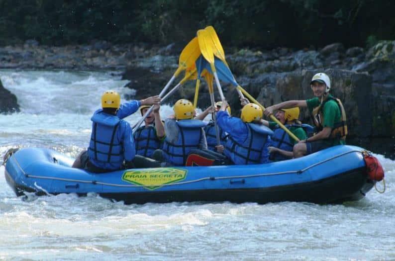 Rafting para iniciantes - Foto: Rafting Curitiba